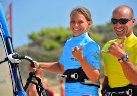 Cours de windsurf à Porto Pollo pour Dèbutants