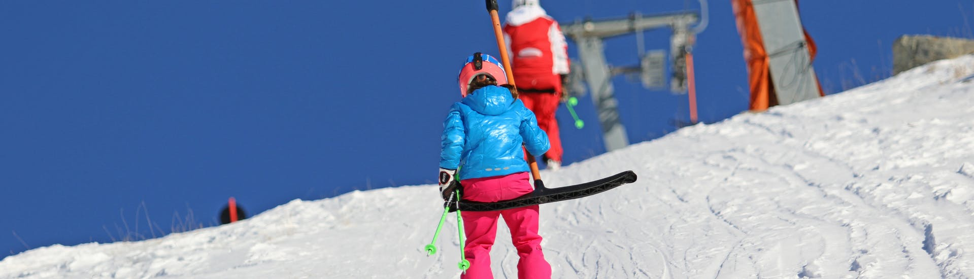 Kids Ski Lessons (4-7 y.) for Beginners with Skischule Pfunds - Hero image