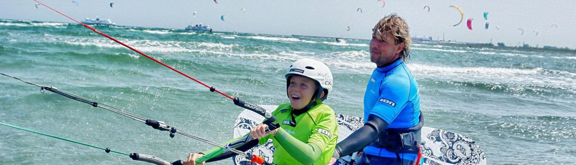 "Kitesurfing Lessons ""Refresher-Premium"" for Kids & Adults"