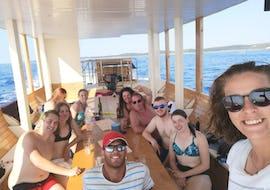 Boat Trip in Glass-bottom Boat - Morning
