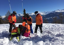 Off-Piste Skiing Lessons for Kids - FWT Club - Max 5 - Crans