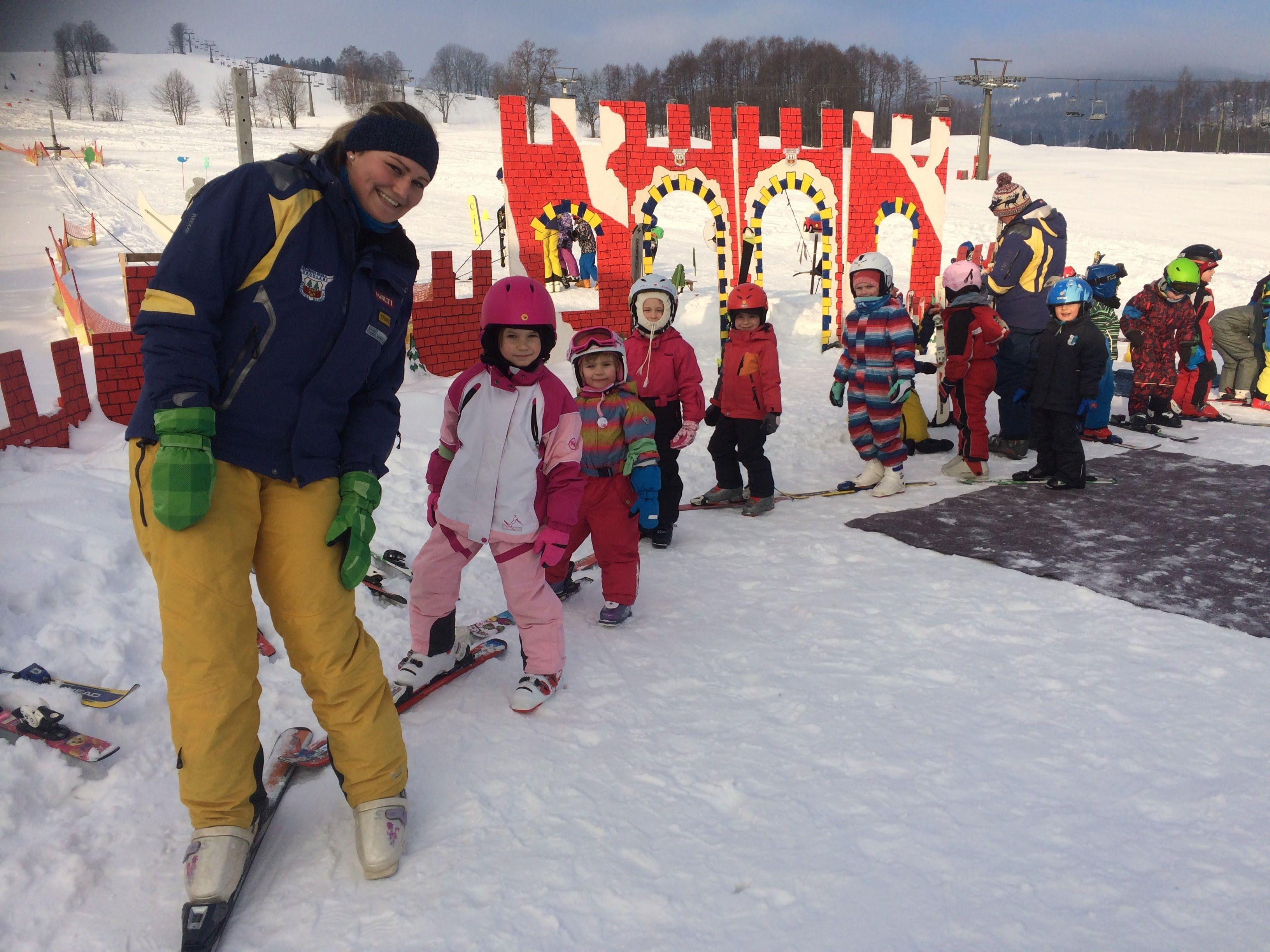 Clases de esquí para niños para todos los niveles