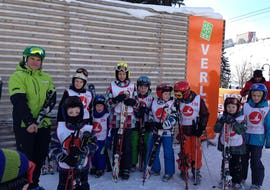 """Kinder haben Spaß beim Skikurs """"All-in-One"""" für Kinder (6-8 Jahre) - Alle Levels"""