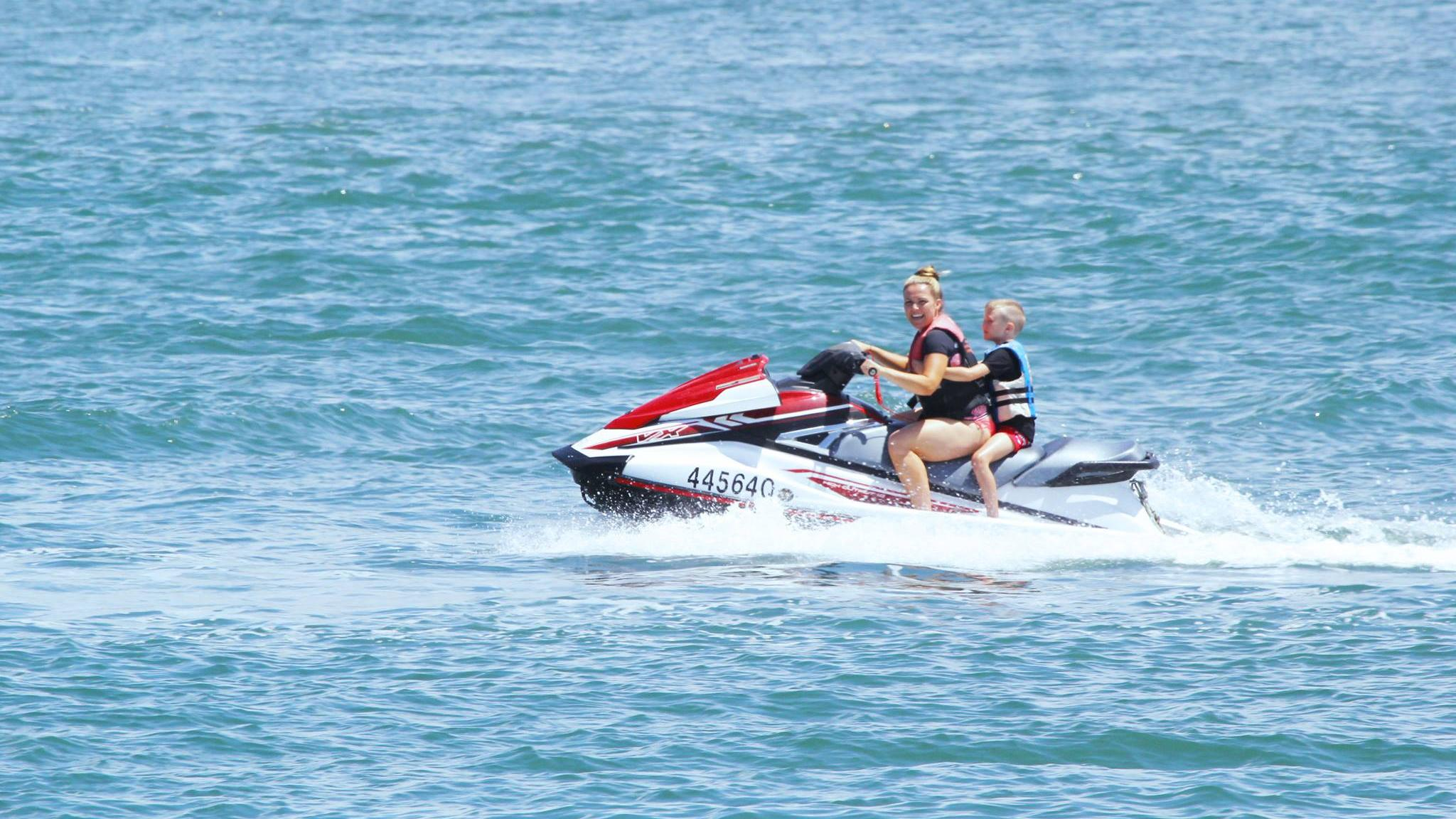 Jet Ski On Gold Coast 2h Tour From 320 A Checkyeti