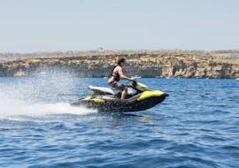 Jetskiën in Mellieha - Armier Bay met Palm Beach Water Sports Malta