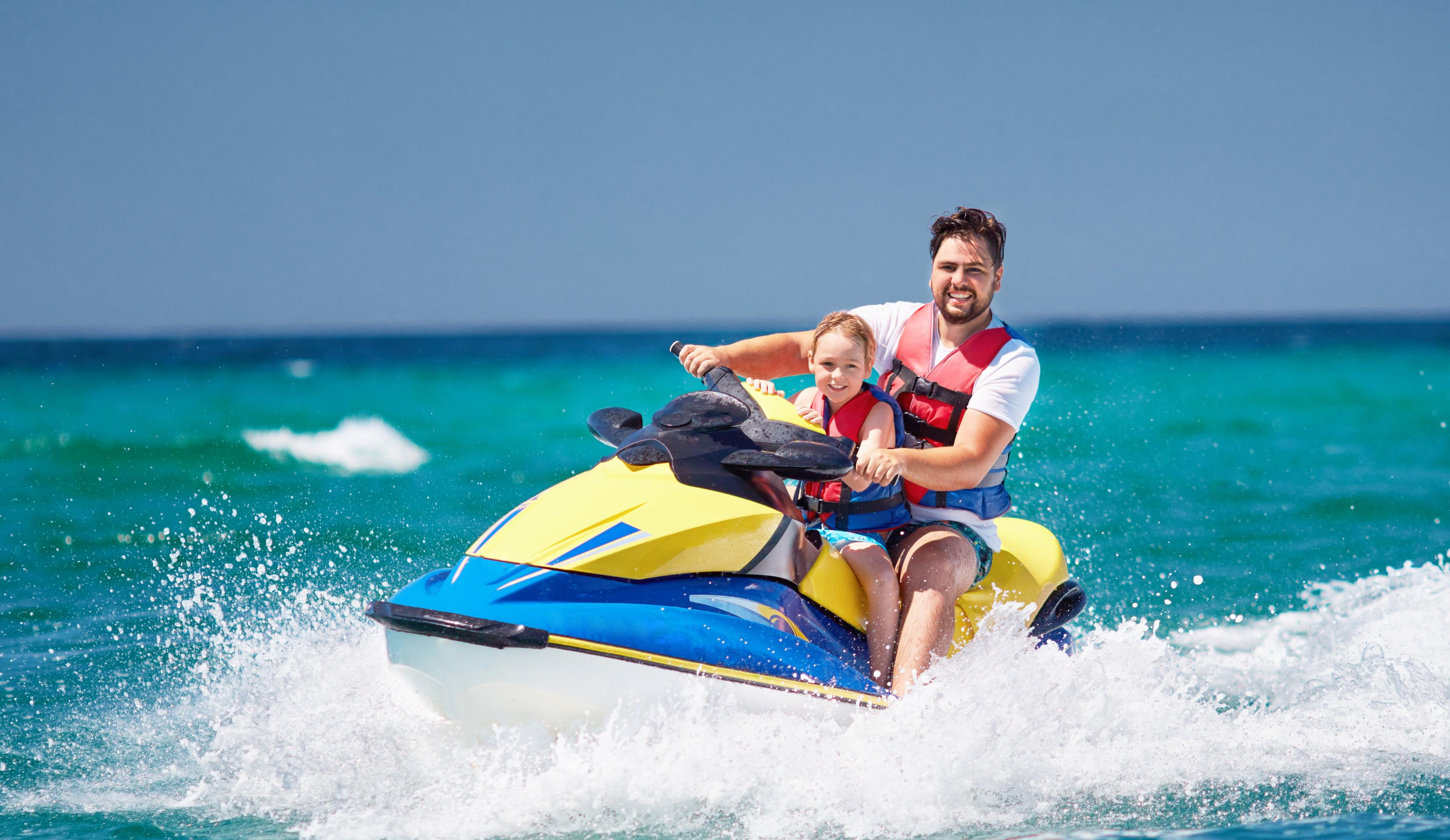 What Are Jet Skis and What Are Their Functions? At The Sea City