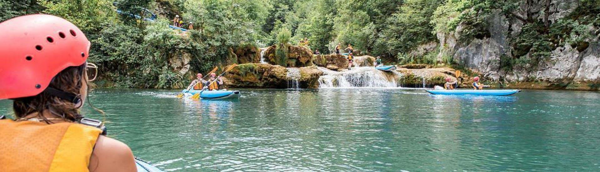 kayaking-on-the-mreznica-river-classic-tour-raftrek-hero