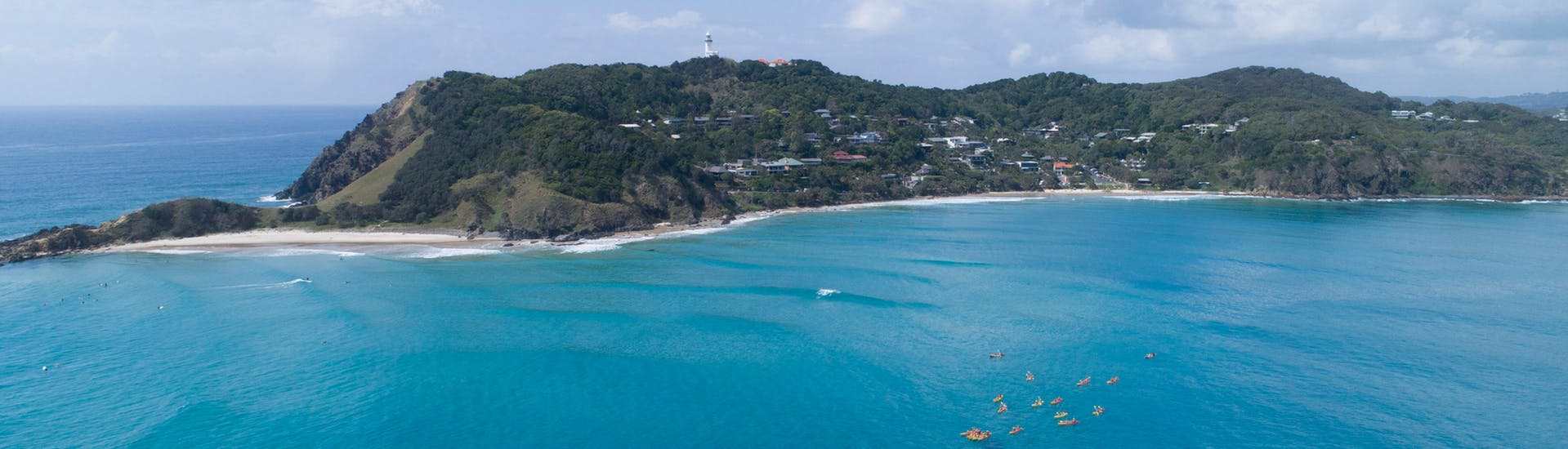 kayaking-with-dolphins-in-byron-bay-in-winter-hero