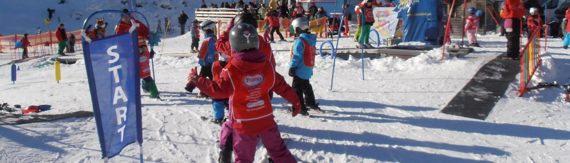 Kids Ski Lessons (4-8 y.) for All Levels with Schneesportschule Thoma Feldberg - Hero image