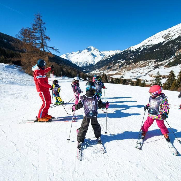 Lezioni di sci per bambini a partire da 5 anni con esperienza
