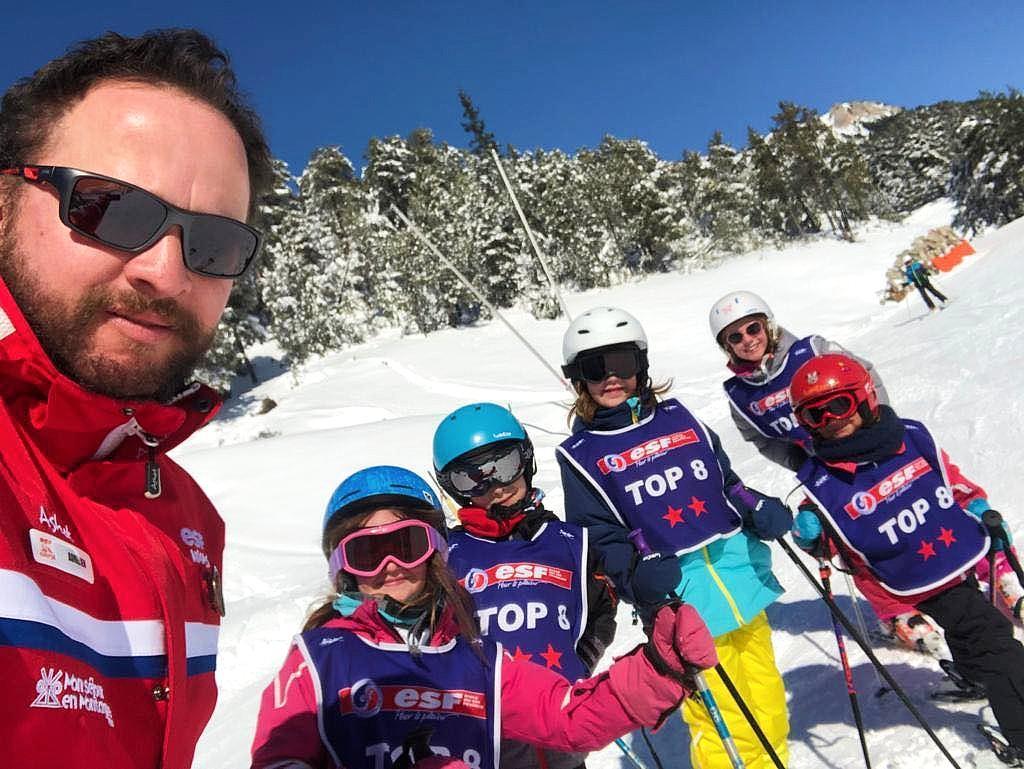 """Cours de ski Enfants """"Top 8"""" (5-12 ans) - Février"""