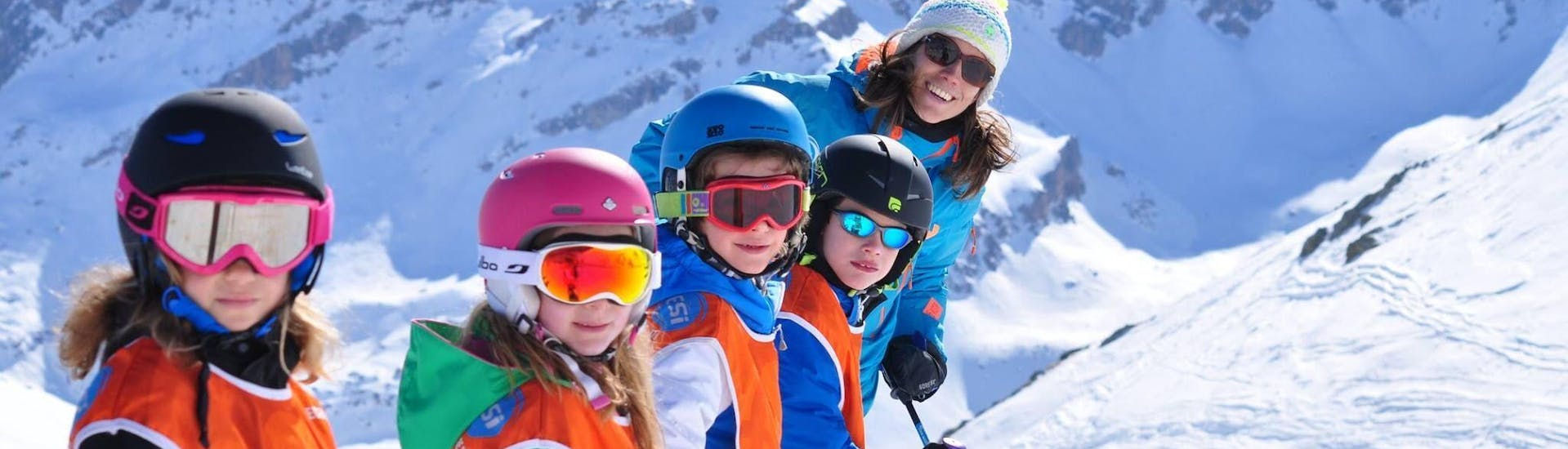 kids-ski-lessons-5-12-years-esi-generation-hero