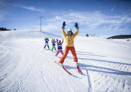 Kids Ski Lessons (5-15 years) in Sinswang - All Levels