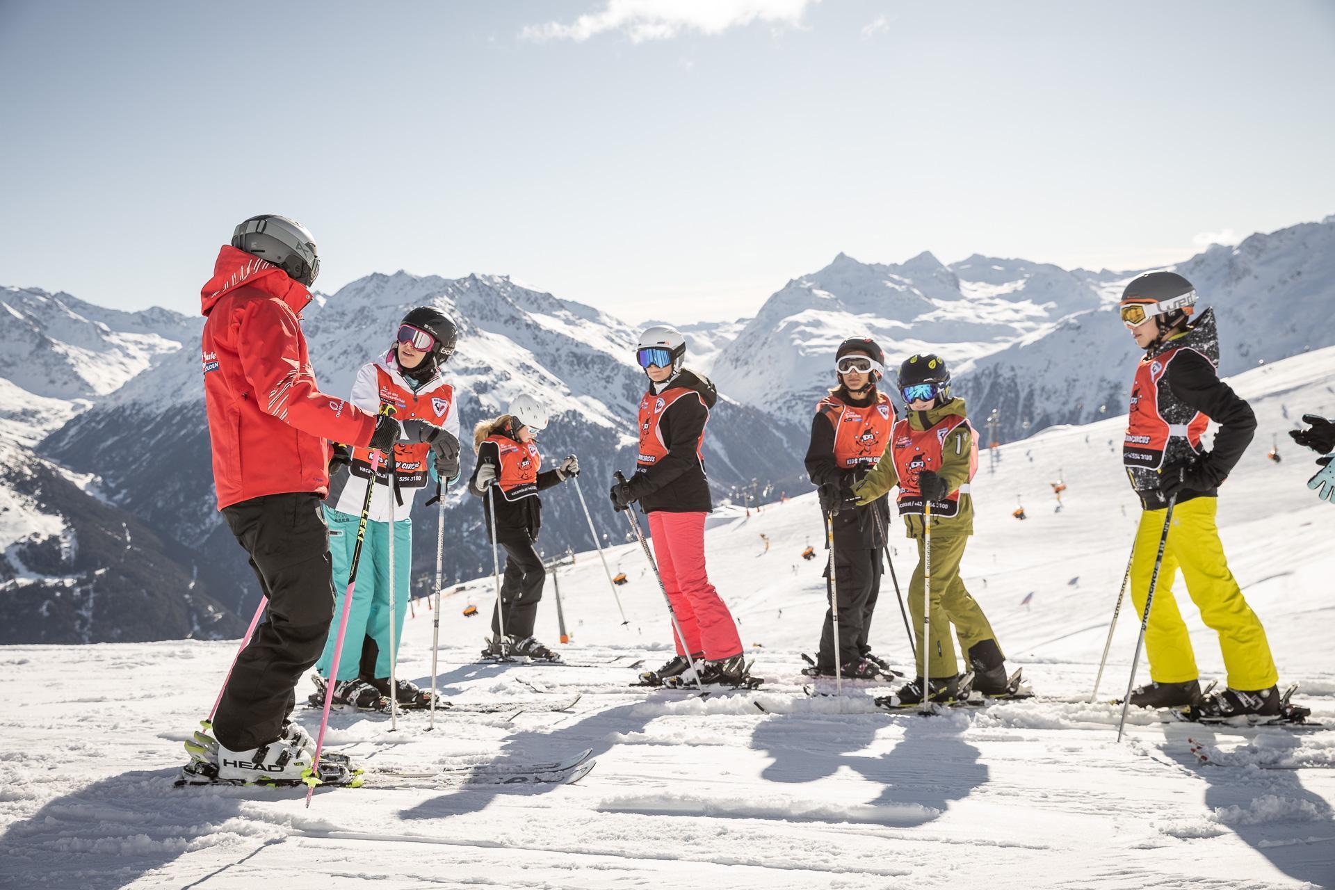 """Skilessen voor kinderen """"All-Inclusive""""(9-15) - Alle niveaus"""
