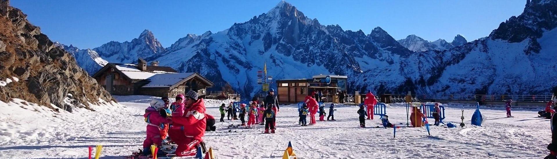 "View of the Club Piou-Piou where young children take their Kids Ski Lessons ""Club Piou-Piou"" (3-4 years) with the ski school ESF Chamonix."