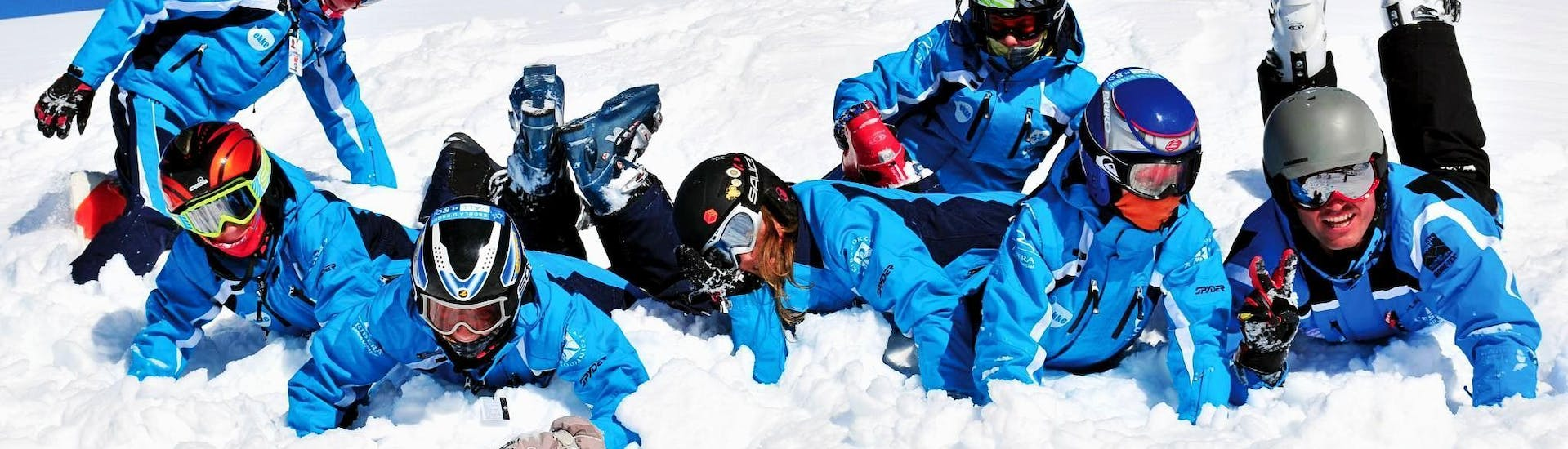 kids-ski-lessons-from-4-years-for-all-levels-holidays-escola-vall-de-boi-hero-1