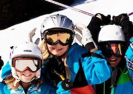 "Children are having fun during the Kids Ski Lessons ""Kids Academy"" (7-14 years) - All Levels with their experienced ski instructor from the school NTC Skischule Oberstdorf."