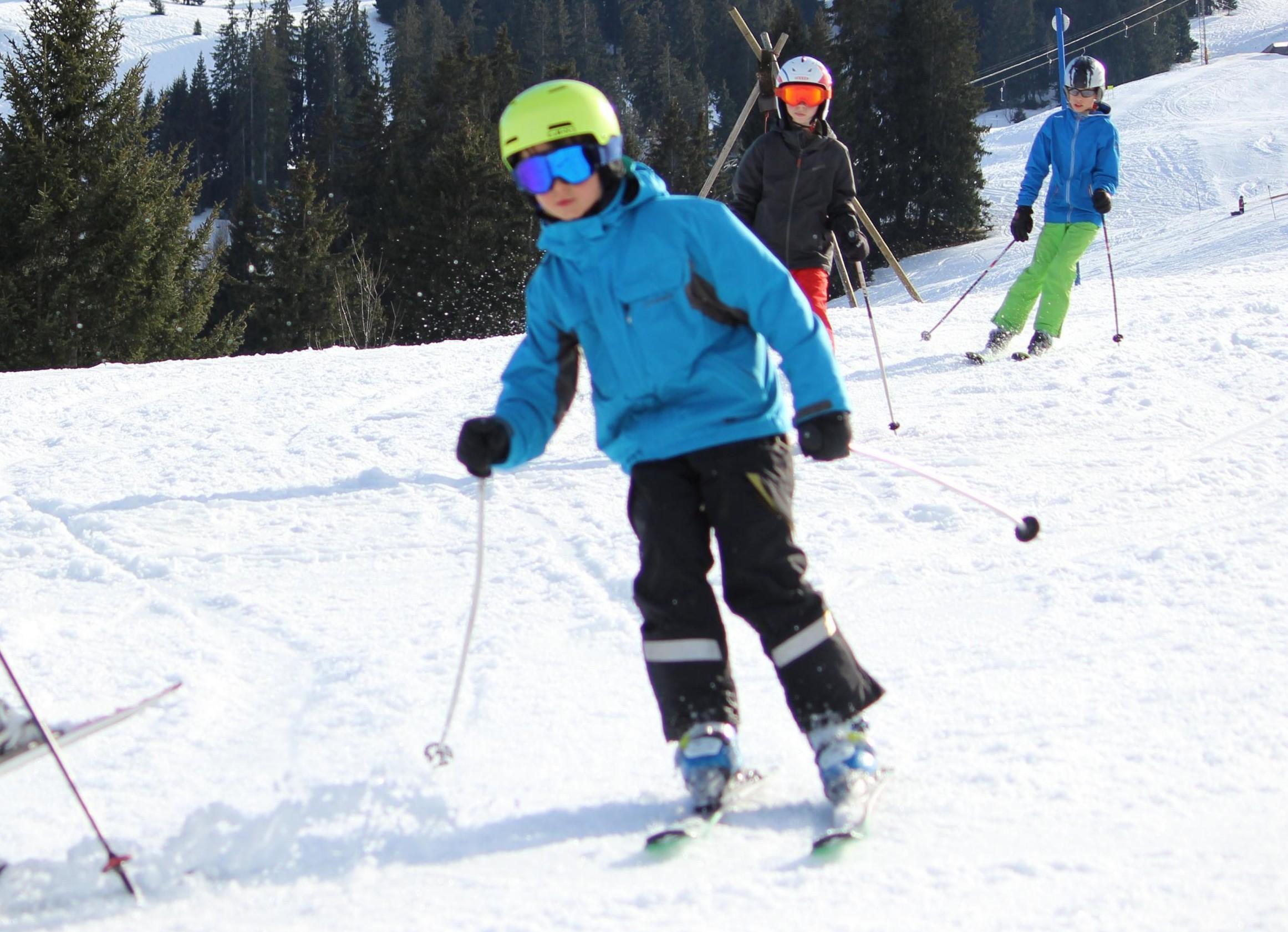 Cours particulier de ski Enfants - Saanenmöser & Schönried