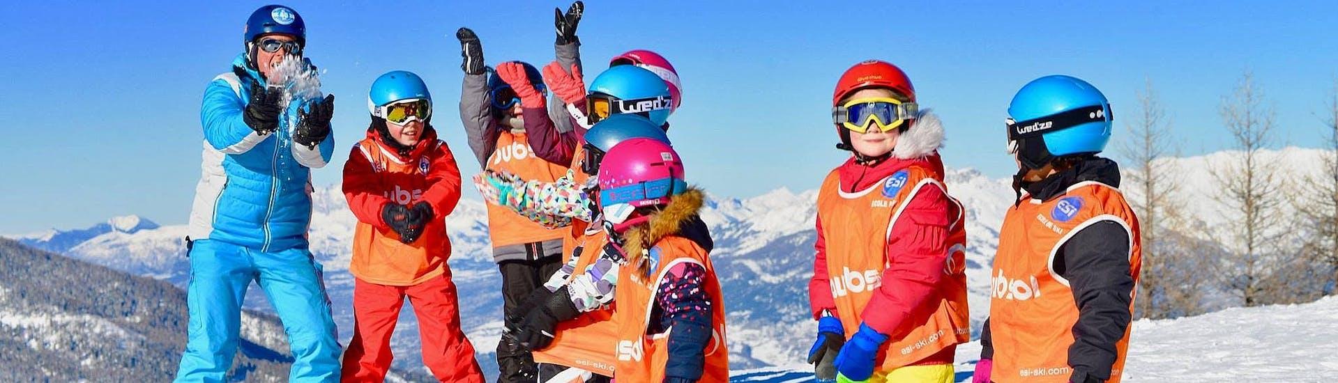 kids-ski-lessons-super-5-6-13-years-beginner-esi-les-orres-hero
