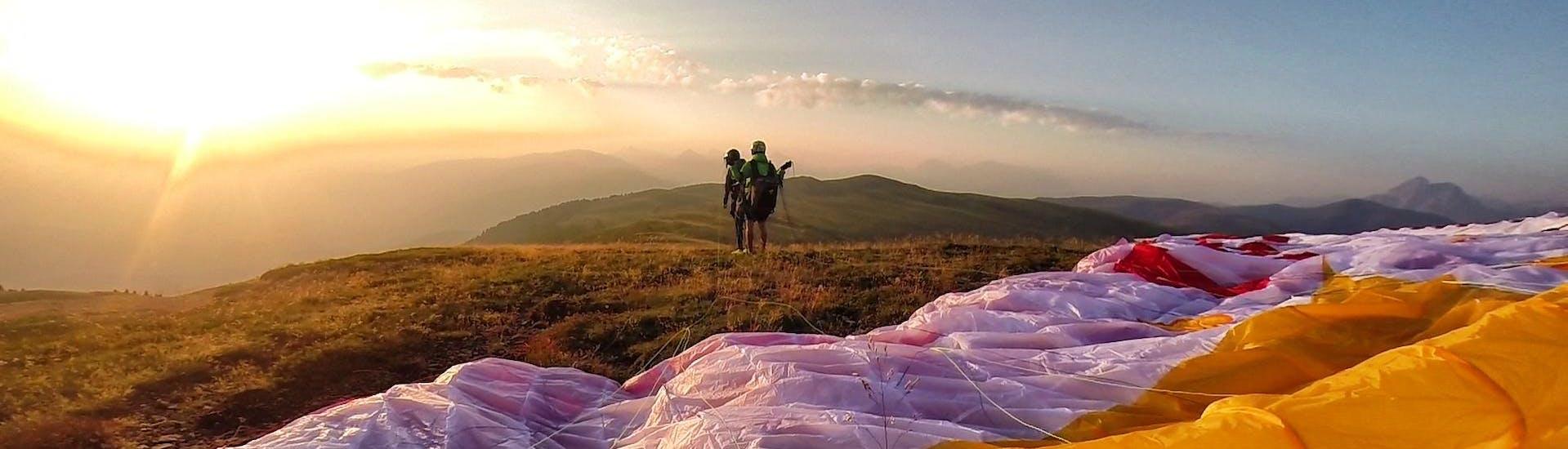 HIKE & Fly Tandem Paragliding SUNRISE