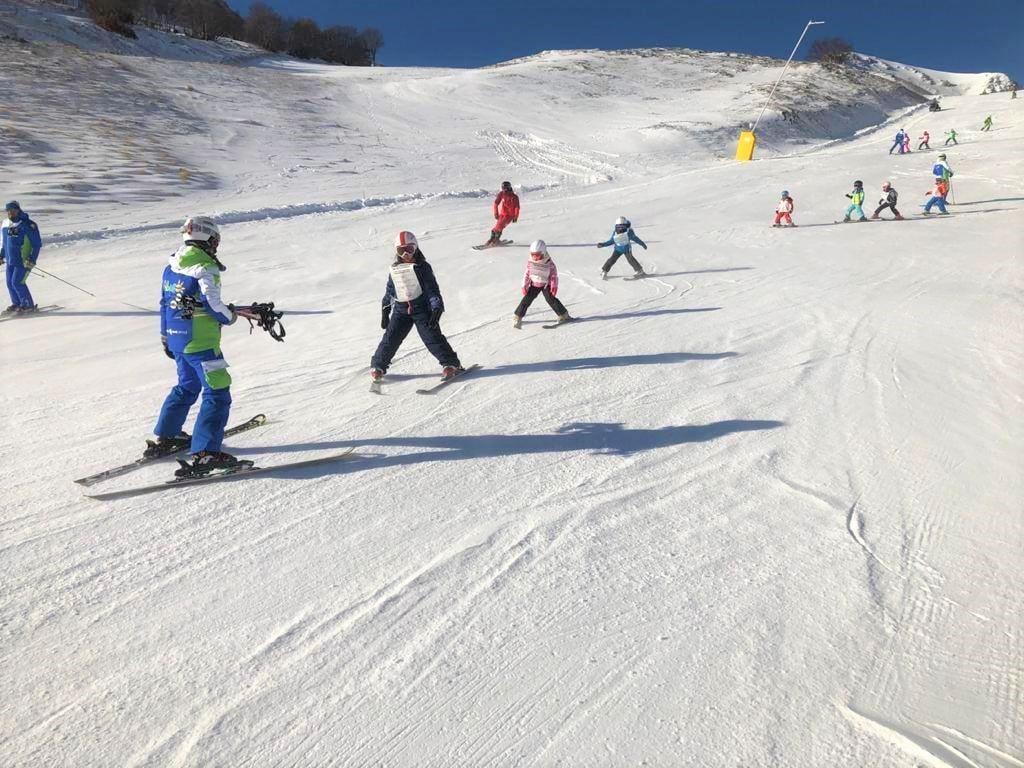 Clases de esquí para niños a partir de 4 años para principiantes