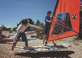 Lezioni di windsurf a Viganj da 7 anni per principianti