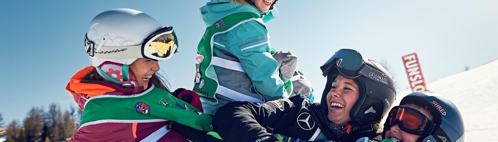 Curso de esquí privado para niños para todos los niveles
