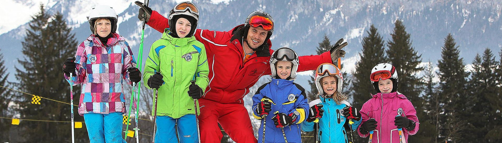 """""""Valles"""" Ski lessons for Kids (4-10 years) - All Levels"""