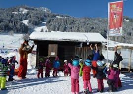 Kids Ski Lessons (3-4 y.) for All Levels with Erste Skischule Bolsterlang