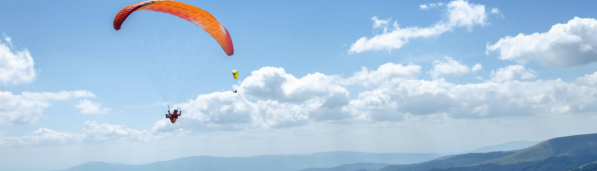 Tandem Paragliding Couple's Flight over Chiemsee or Kössen