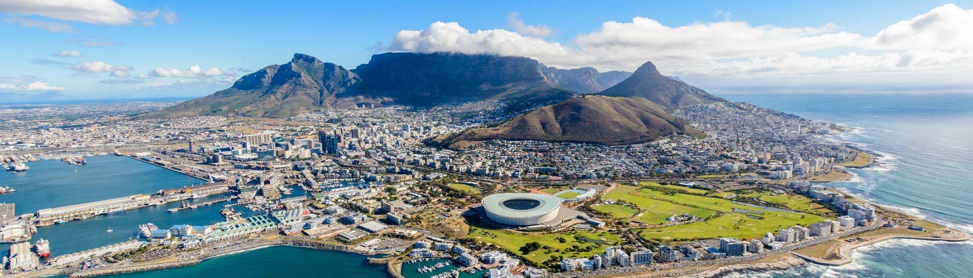 An aereal view of Cape Town, where visitors can go paragliding from Signal Hill.