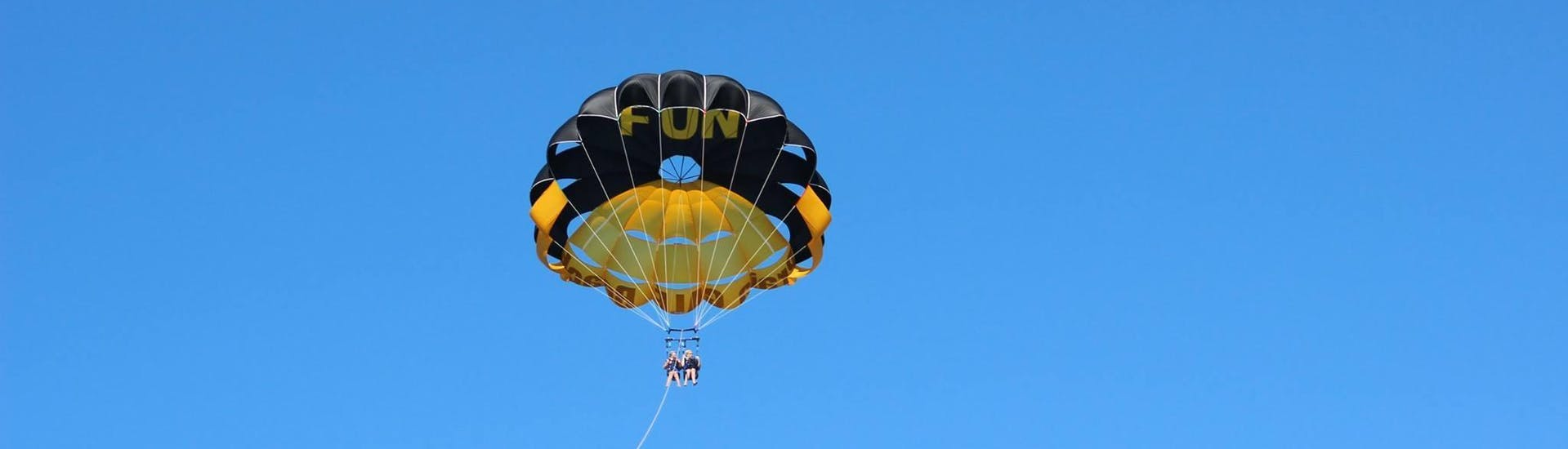 parasailing-upto-3-people-albufeira-nautifun-gale-hero