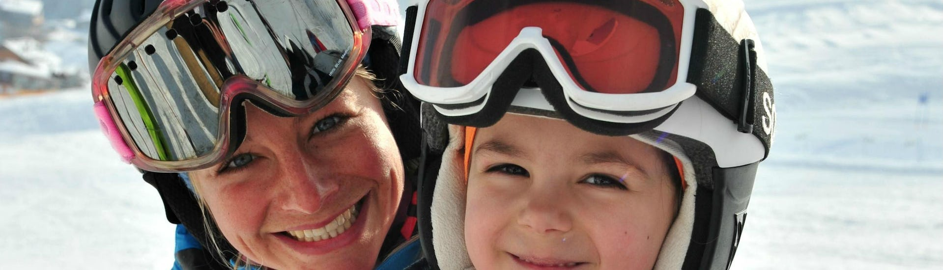 Ski Instructor Private for Kids in Lech - All Ages