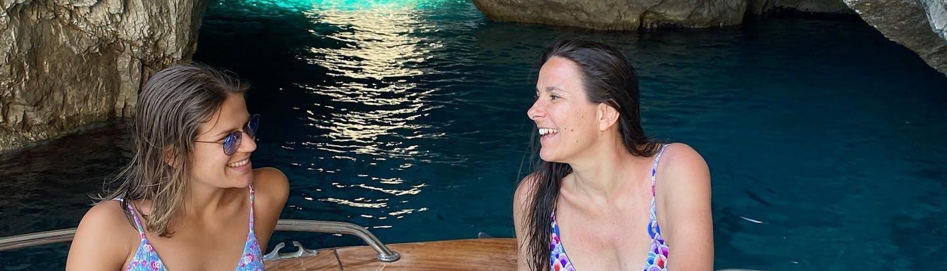 private-boat-trip-from-naples-to-capri-incl-blue-grotto-hero