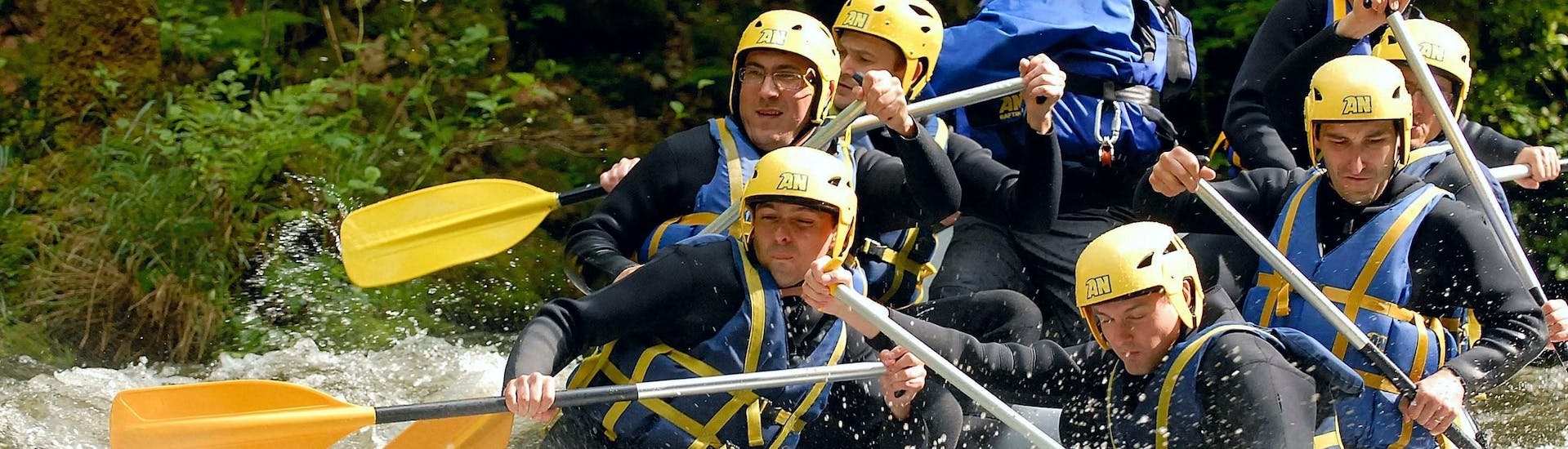 private-rafting-le-chalaux-an-morvan-hero