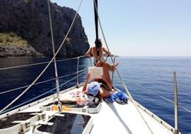 Balade privée en voilier à Sa Calobra depuis Port de Sóller avec Let's Sail Mallorca