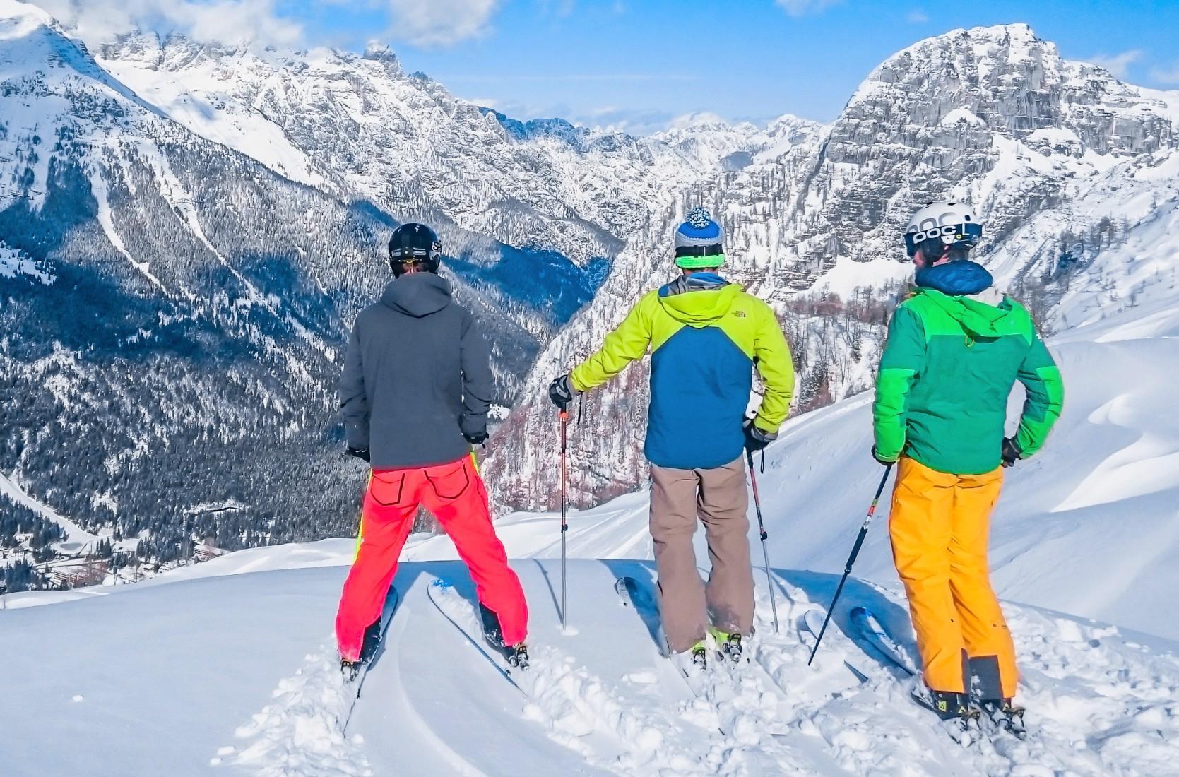 Lezioni private di sci per adulti a partire da 3 anni per tutti i livelli