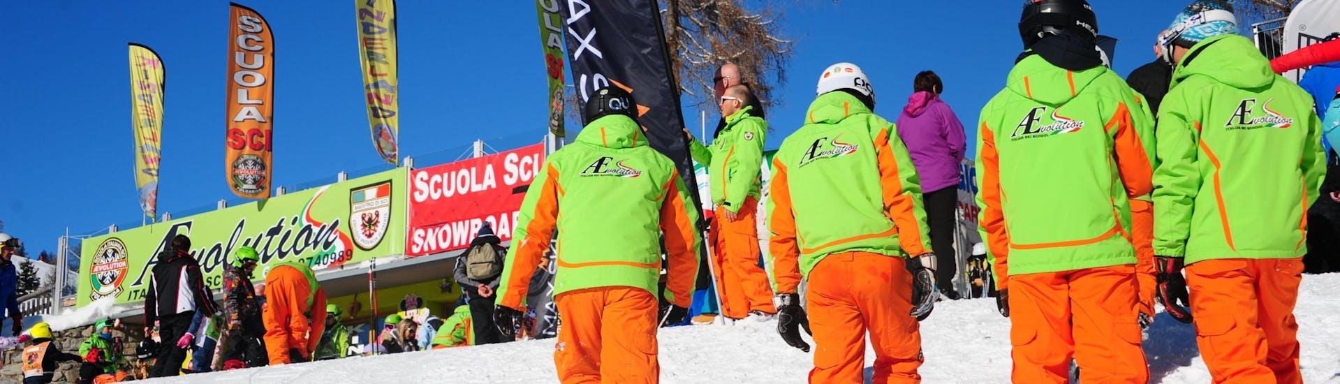Private Ski Lessons for Adults - All Levels of the Ski School Scuola di Sci Aevolution Folgarida are finished, the ski instructors return to the ski school.