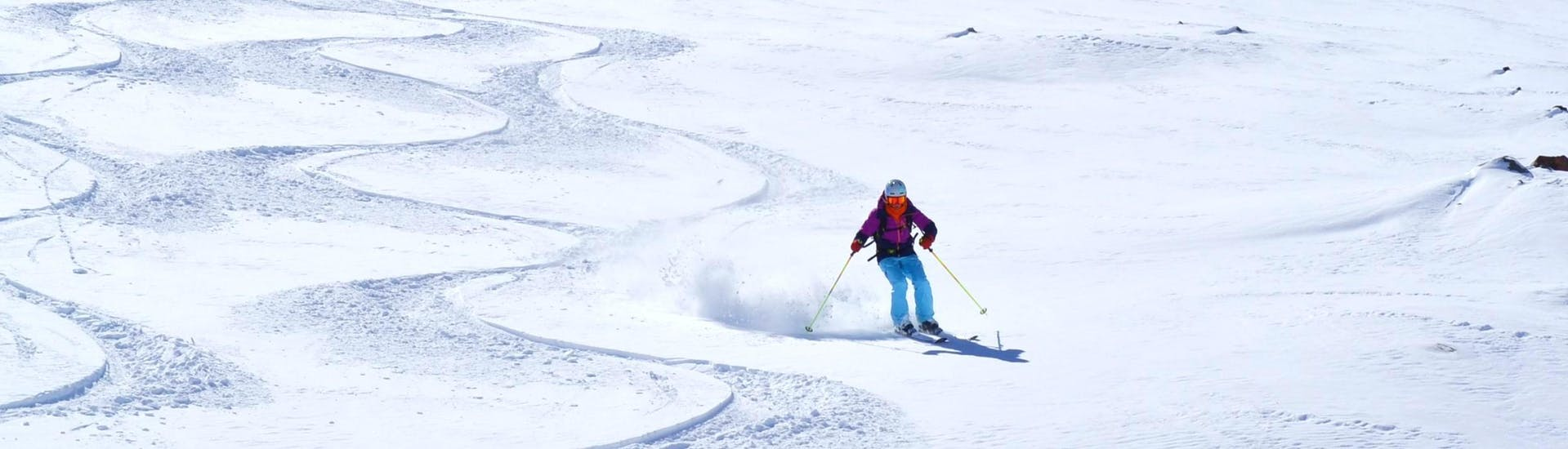 private-ski-lessons-for-adults-holidays-all-levels-esi-chatel-hero