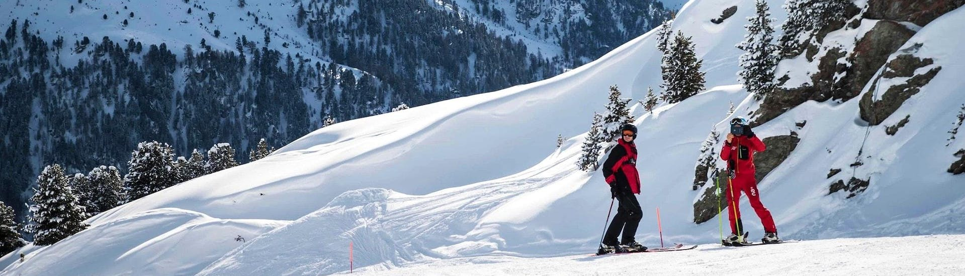 private-ski-lessons-for-adults-neige-aventure-hero