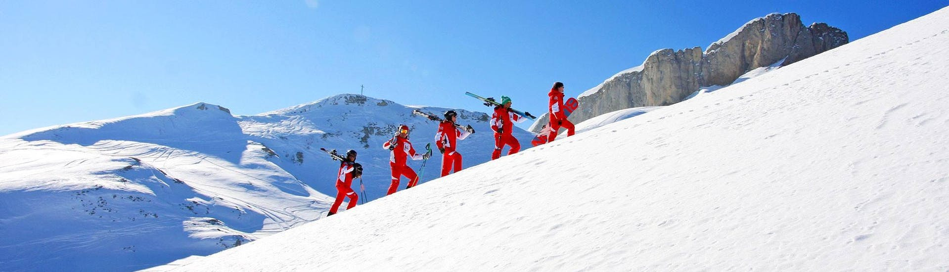 private-snowboarding-lessons-for-kids--adults-of-all-levels-privatskischule-kleinwalsertal-riezlern-hero