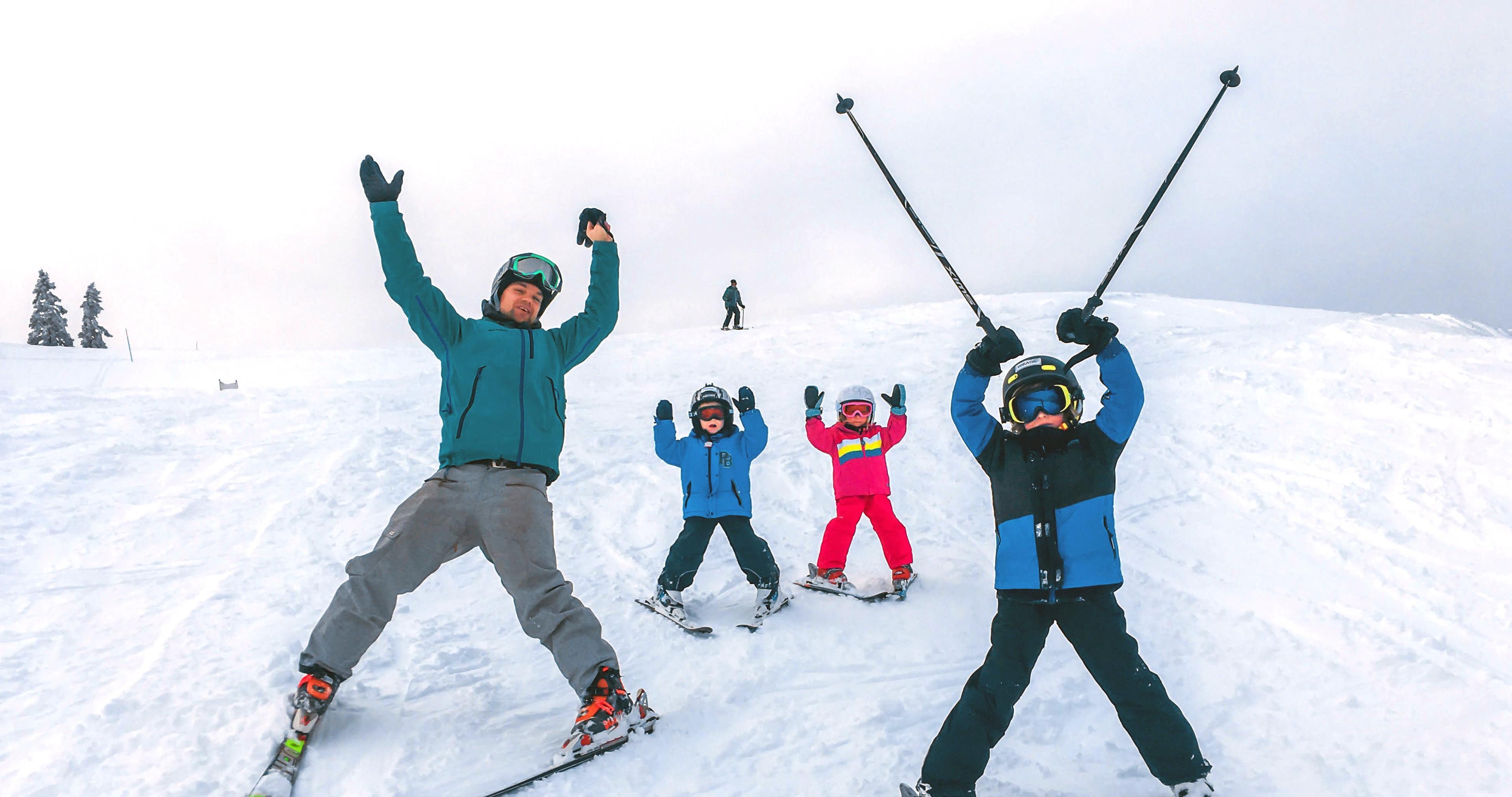 Lezioni private di sci per bambini a partire da 3 anni per tutti i livelli