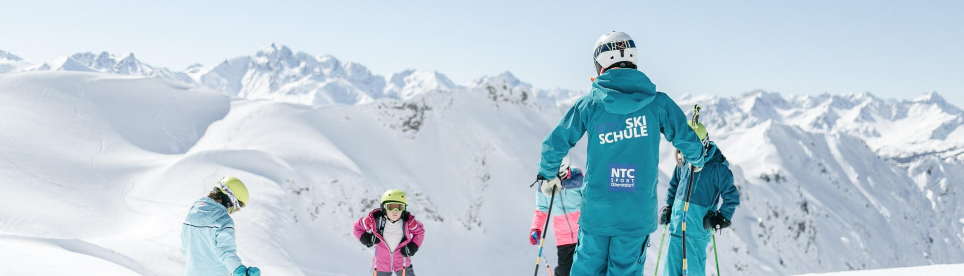 Children benefit from the full attention of the ski instructor from the ski school NTC Skischule Oberstdorf during the Private Ski Lessons for Kids - All Levels.