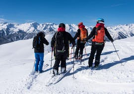 Together with the Private Ski Touring Guide for all Levels of Escuela Ski Cerler, participants explore the beautiful mountain landscape.