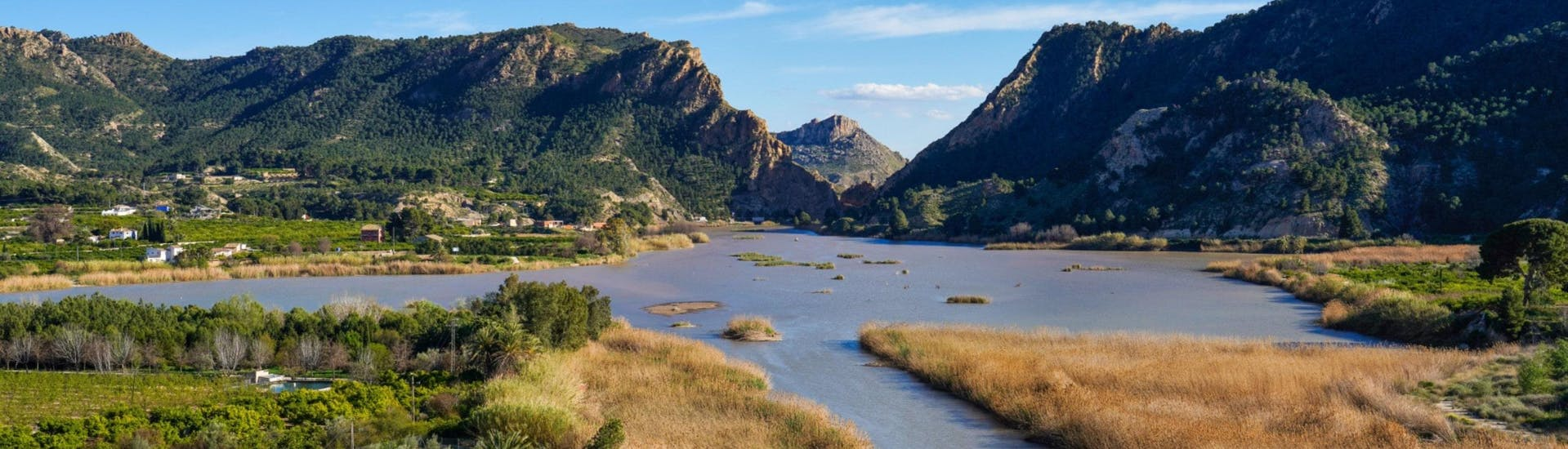 An image of the Ojor Reservoir along the Rio Segura, close to where people go rafting in Murcia.