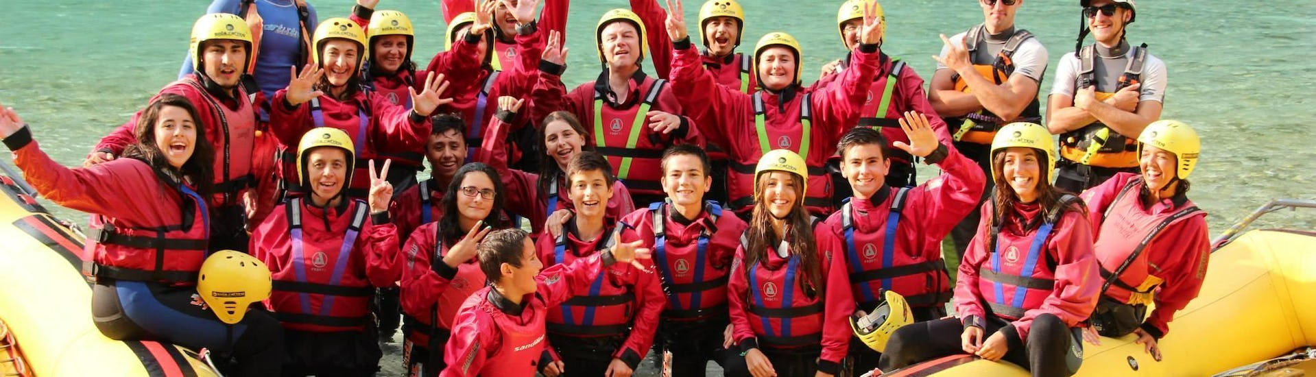 rafting-for-groups-from-10-people-on-the-soca-river-soca-rafting-hero