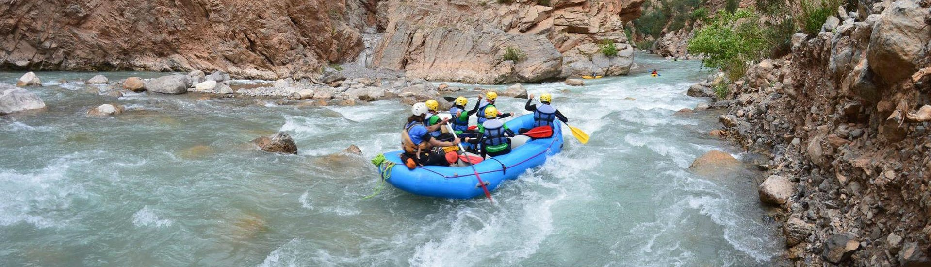 rafting-kids-tour---rio-guadalfeo-gualay-aventura-hero