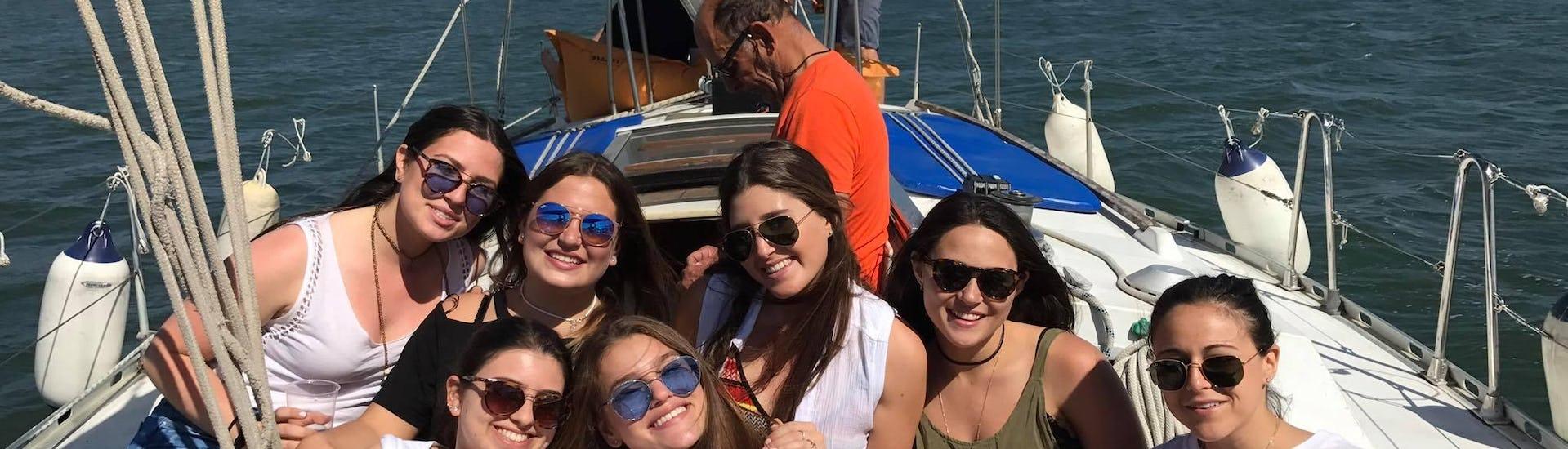 Private Historic Boat Tour - Lisbon