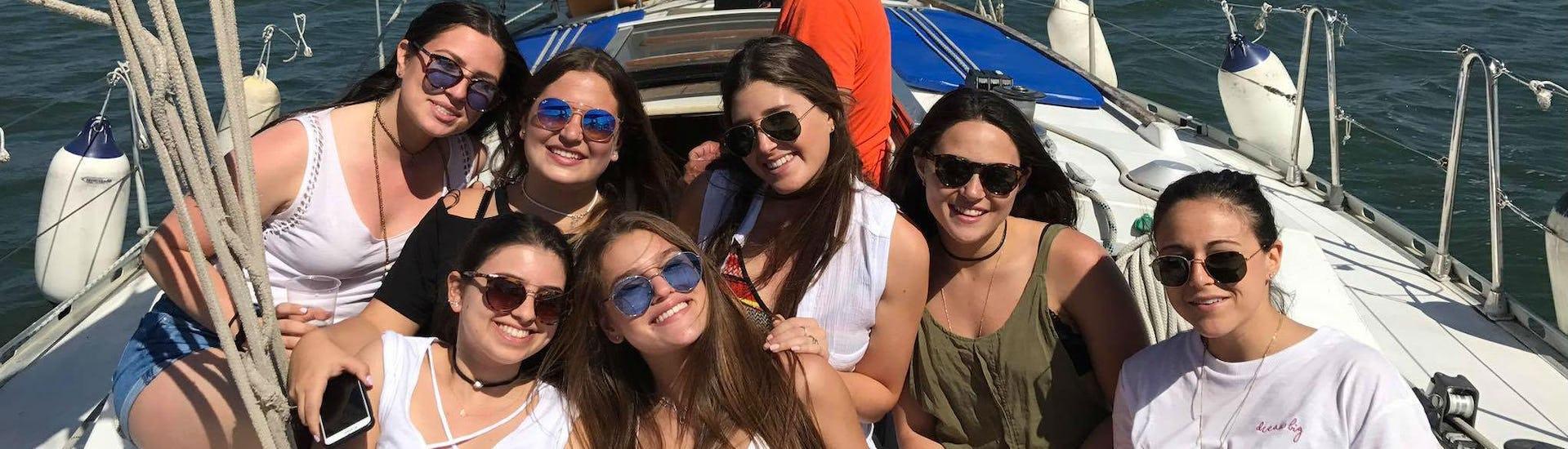 """Private Boat Tour """"Fun & Swim"""" - Lisbon"""