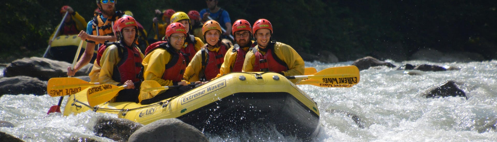 rafting-on-the-noce-for-groups-12-people---classic-extreme-waves